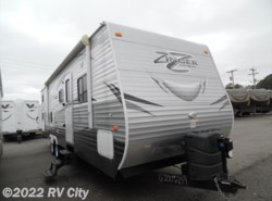 Used 2016 CrossRoads Zinger ZT32DB available in Benton, Arkansas