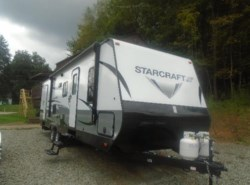 New 2018  Starcraft Launch 27 BHU OUTFITTER by Starcraft from Schreck RV Center in Apollo, PA