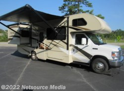 Used 2016  Thor Motor Coach  26FE by Thor Motor Coach from Karolina Koaches Inc in Piedmont, SC