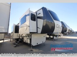 New 2017  CrossRoads Cameo CM38FL by CrossRoads from ExploreUSA RV Supercenter - FT. WORTH, TX in Ft. Worth, TX