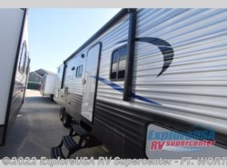 New 2017  CrossRoads Zinger Z1 Series ZR290KB by CrossRoads from ExploreUSA RV Supercenter - FT. WORTH, TX in Ft. Worth, TX