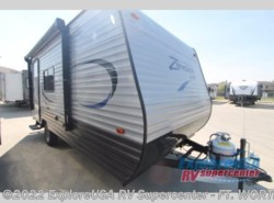 New 2017  CrossRoads Zinger Z1 Series Lite ZR18RB by CrossRoads from ExploreUSA RV Supercenter - FT. WORTH, TX in Ft. Worth, TX