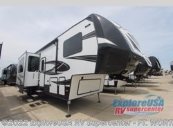New 2018  Dutchmen Voltage V3605 by Dutchmen from ExploreUSA RV Supercenter - FT. WORTH, TX in Ft. Worth, TX