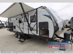 New 2018  Cruiser RV Shadow Cruiser 240BHS by Cruiser RV from ExploreUSA RV Supercenter - FT. WORTH, TX in Ft. Worth, TX