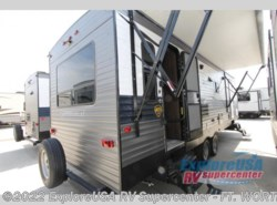 New 2019  CrossRoads Longhorn 285RL by CrossRoads from ExploreUSA RV Supercenter - FT. WORTH, TX in Ft. Worth, TX