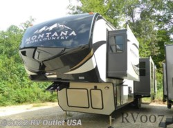 New 2017  Keystone Montana High Country 379RD by Keystone from RV Outlet USA in Ringgold, VA