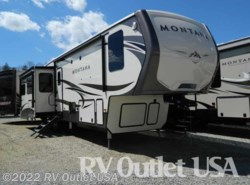 New 2017  Keystone Montana 3721RL by Keystone from RV Outlet USA in Ringgold, VA