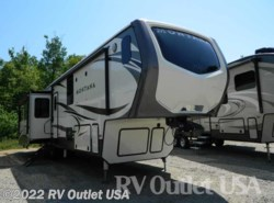 New 2018  Keystone Montana Legacy 3921FB by Keystone from RV Outlet USA in Ringgold, VA