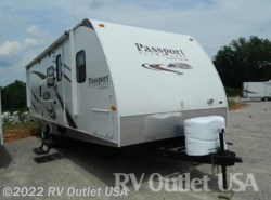 Used 2012  Keystone Passport Ultra Lite Grand Touring 2510RB by Keystone from RV Outlet USA in Ringgold, VA