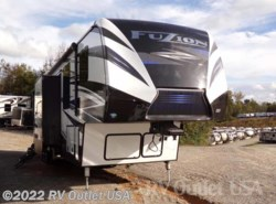 New 2018  Keystone Fuzion 427 Monster by Keystone from RV Outlet USA in Ringgold, VA