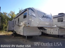 New 2018  Jayco Eagle HT 30.5MBOK by Jayco from RV Outlet USA in Ringgold, VA