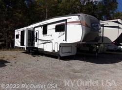 Used 2013  Jayco Pinnacle 36RSQS by Jayco from RV Outlet USA in Ringgold, VA