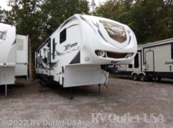 Used 2011  Keystone Fuzion 360 by Keystone from RV Outlet USA in Ringgold, VA