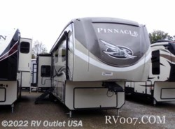 New 2018  Jayco Pinnacle 37MDQS by Jayco from RV Outlet USA in Ringgold, VA