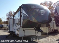 New 2018  Forest River Wildwood Heritage Glen 276RLIS by Forest River from RV Outlet USA in Ringgold, VA