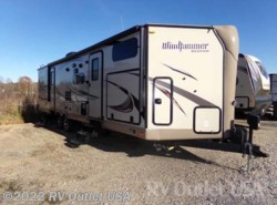Used 2016  Forest River Rockwood Windjammer 3006WK by Forest River from RV Outlet USA in Ringgold, VA