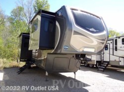 New 2018  Keystone Montana 3731FL Legacy by Keystone from RV Outlet USA in Ringgold, VA