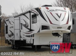 Used 2012  Dutchmen Voltage 3905 by Dutchmen from i94 RV in Wadsworth, IL