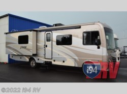 Used 2015  Fleetwood Storm 32H by Fleetwood from i94 RV in Wadsworth, IL