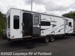 Used 2013  Forest River  Windjammer 3001W by Forest River from B Young RV in Milwaukie, OR