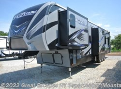 New 2017  Keystone Fuzion 413 by Keystone from Great Escapes RV Center in Gassville, AR