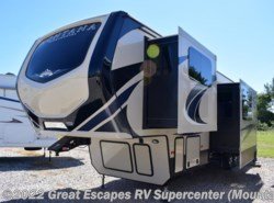 New 2018  Keystone Montana High Country 375FL by Keystone from Great Escapes RV Center in Gassville, AR