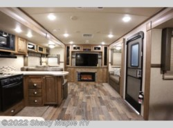 New 2018  Forest River Rockwood Signature Ultra Lite 8324BS by Forest River from Shady Maple RV in East Earl, PA