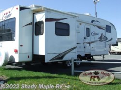 Used 2010  Keystone Cougar 318SAB by Keystone from Shady Maple RV in East Earl, PA