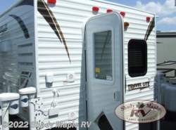 New 2018  Travel Lite Truck Campers 625 Super Lite by Travel Lite from Shady Maple RV in East Earl, PA