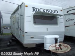 Used 2008  Forest River Rockwood Signature Ultra Lite 8313SS by Forest River from Shady Maple RV in East Earl, PA