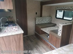 New 2018  Coachmen Clipper 17FQS by Coachmen from South Hill RV Sales in Puyallup, WA