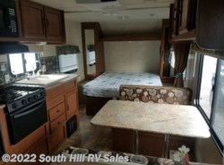 Used 2014  Forest River Salem Cruise Lite 221RBXL by Forest River from South Hill RV Sales in Puyallup, WA