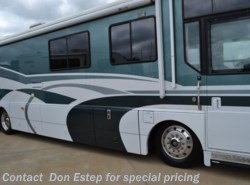Used 2000  Winnebago Ultimate Freedom 38KD by Winnebago from Robin Morgan in Southaven, MS