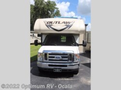 Used 2015  Thor Motor Coach Outlaw Class C 29H by Thor Motor Coach from Optimum RV in Ocala, FL
