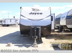 Used 2018 Jayco Jay Flight 32BHDS available in Seguin, Texas