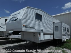 Used 2004  Forest River Wildwood 29BHSS by Forest River from Colerain RV of Indy in Indianapolis, IN