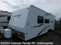 Used 2014  Forest River Flagstaff Micro Lite 23FB by Forest River from Colerain RV of Indy in Indianapolis, IN