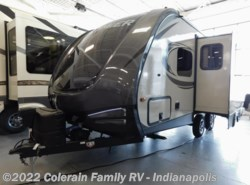 Used 2017  Keystone Bullet Premier 19FBPR by Keystone from Colerain RV of Indy in Indianapolis, IN