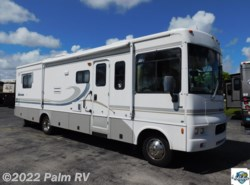 Used 2004  Winnebago Sightseer 33L by Winnebago from Palm RV in Fort Myers, FL