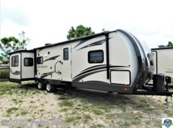Used 2015 Forest River Wildwood HERITAGE GLEN 299RE available in Fort Myers, Florida