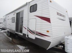 Used 2011  Keystone Hornet Hideout 38BHDS by Keystone from Ted's RV Land in Paynesville, MN