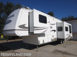 Used 2007  Keystone Montana Mountaineer 342PHT by Keystone from Ted's RV Land in Paynesville, MN