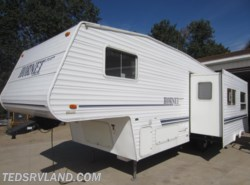 Used 2004  Keystone Hornet 29 by Keystone from Ted's RV Land in Paynesville, MN