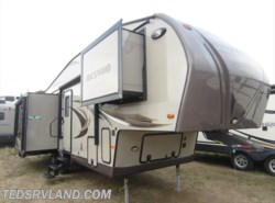Used 2013  Forest River Rockwood Signature Ultra Lite 8289WS by Forest River from Ted's RV Land in Paynesville, MN