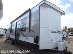New 2018  Jayco Jay Flight Bungalow 40BHTS by Jayco from Ted's RV Land in Paynesville, MN