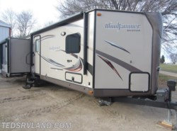 Used 2015  Forest River Rockwood Windjammer 3029V