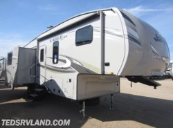 New 2018  Jayco Eagle HT 27.5RLTS by Jayco from Ted's RV Land in Paynesville, MN