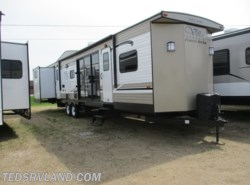 New 2019  Forest River Salem Villa Classic 402QBQ by Forest River from Ted's RV Land in Paynesville, MN