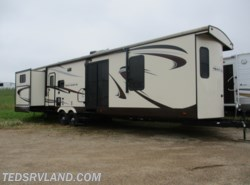 Used 2015  Forest River Sierra 402QB by Forest River from Ted's RV Land in Paynesville, MN