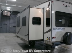 New 2016  Forest River Rockwood Ultra Lite 2720WS by Forest River from TerryTown RV Superstore in Grand Rapids, MI